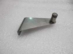 CAL FLAME SIDE BURNER HINGE BRACKET, RIGHT- DELUXE DOUBLE (BBQ08899P) BBQ07210181